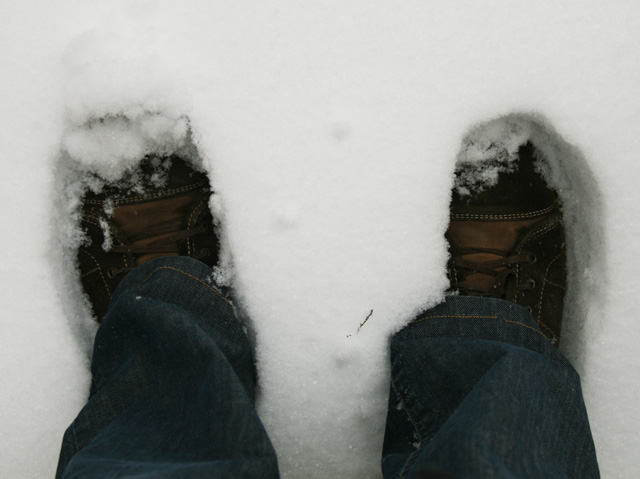 mes pieds dans la neige