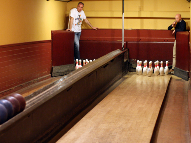 les deux pistes du vieux bowling